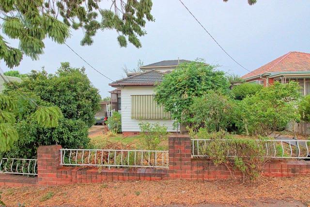 11 Fernleigh Road, Wagga Wagga NSW 2650