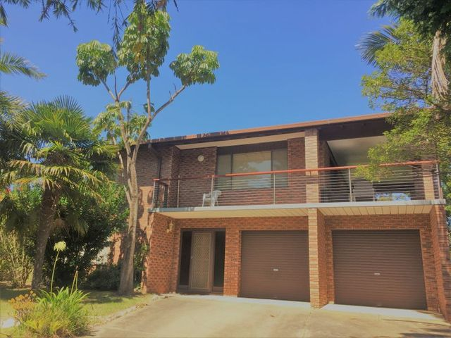 3 Johnson Drive, Surf Beach NSW 2536