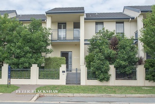 51 Katoomba Street