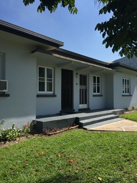 13 Thurles St, Tully QLD 4854