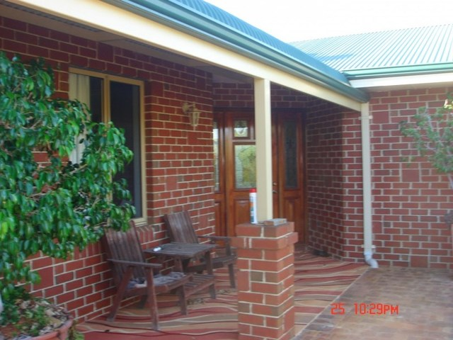 20 Heales Way, Green Head WA 6514