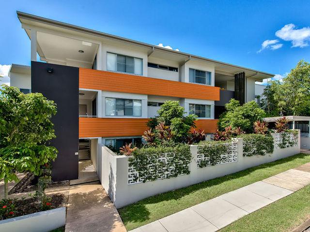 3/2 Ballymore Street, QLD 4059
