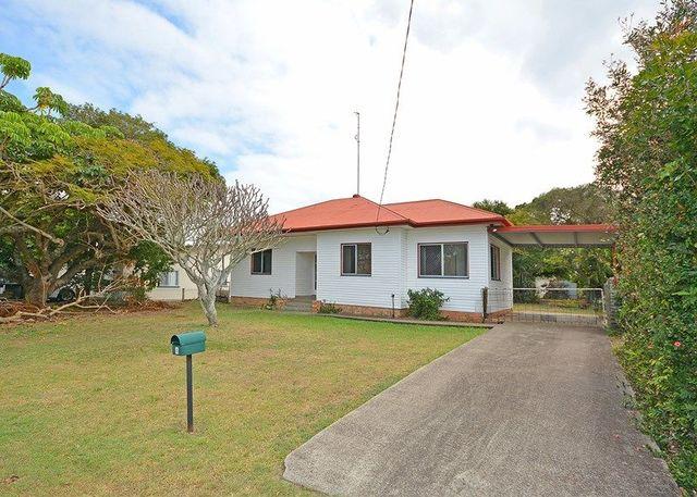 4 King Street, Urangan QLD 4655
