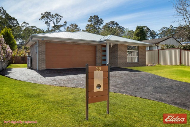 25 Christopher Crescent, NSW 2536