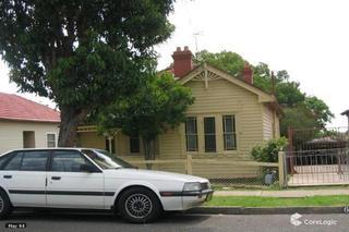 64 Macquarie Road