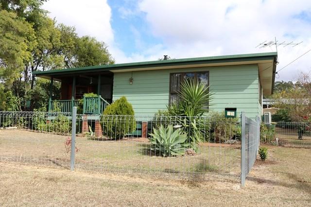 23 Werth Street, Oakey QLD 4401