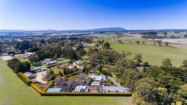 1 Trentham Road, Tylden VIC 3444