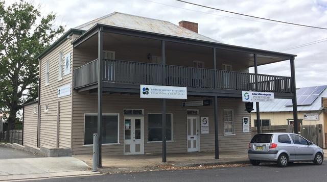 8 Page Street, Moruya NSW 2537