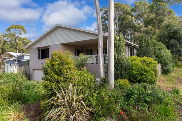 84 Bellbird Drive, Malua Bay NSW 2536