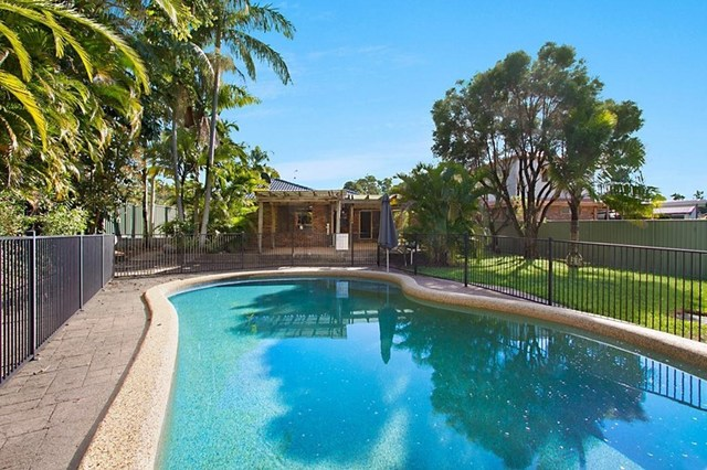 22 Ware Drive, Currumbin Waters QLD 4223