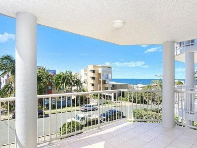 2/10 Orvieto Terrace, Kings Beach QLD 4551