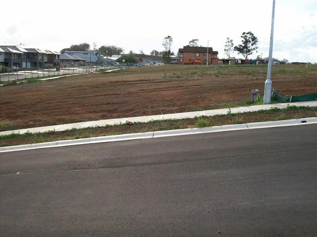 105 Southern Cross Avenue, NSW 2171