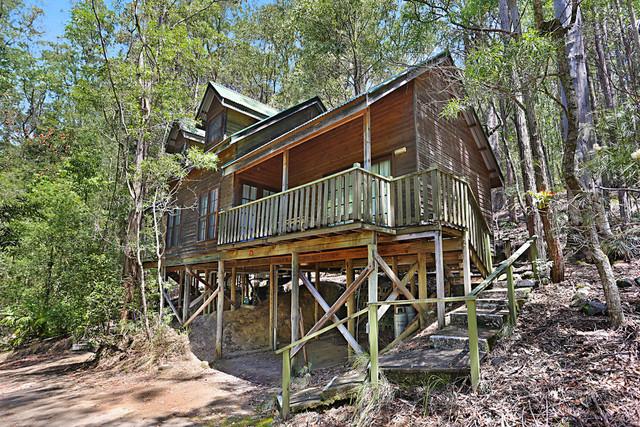 Cabin 18,2940 Salisbury Road, Dungog NSW 2420