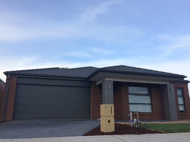 59 Cottongrass Avenue, Clyde North VIC 3978