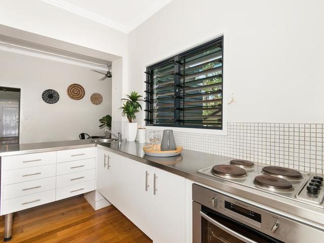 55 Tenth Avenue, Railway Estate QLD 4810