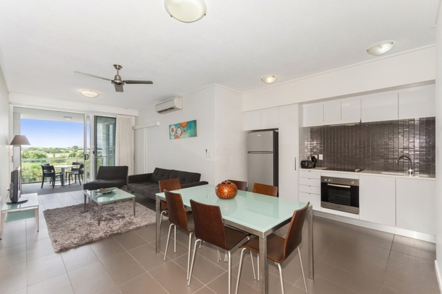 28/2-4 Kingsway Place, Townsville City QLD 4810