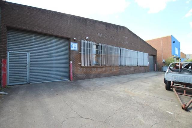 39 Claremont Avenue, NSW 2190