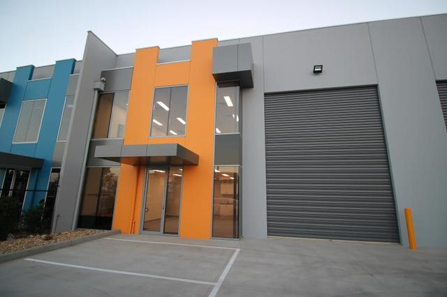 Unit 2/7 Morialta Road, Cranbourne West VIC 3977