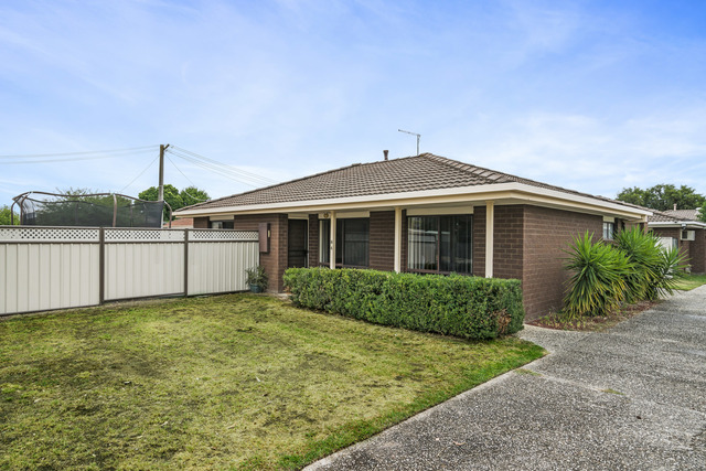 4/8 Burns Court, Wodonga VIC 3690
