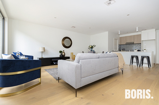BOUTIQUE LUXURY TOWNHOUSES- move in April Higgins ACT 2615