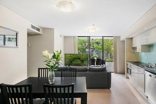 207/1 Adelaide Street