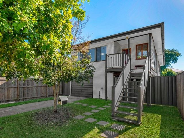 10 Eliza Street, Clayfield QLD 4011