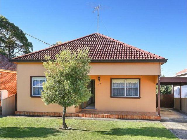 42 Arthur Street, Carlton NSW 2218
