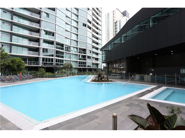 10505/8 Harbour Road, QLD 4007
