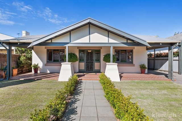 30 Golflands Terrace, Glenelg North SA 5045